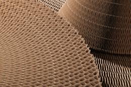 Iš gofro makulatūros pagamintas korinis užpildas